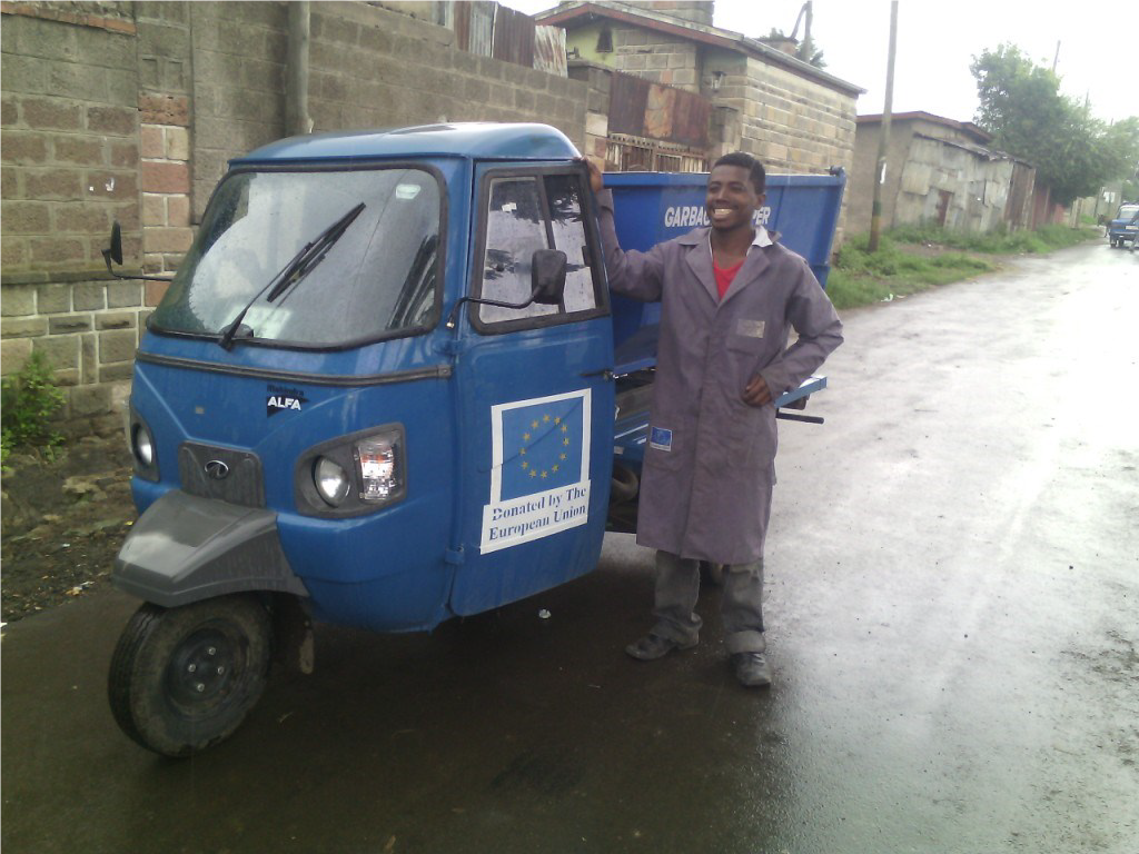 Advancing Solid Waste Collection One Step Ahead